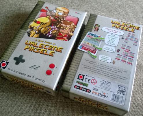 Pudełko przypomina klasycznego Gameboya